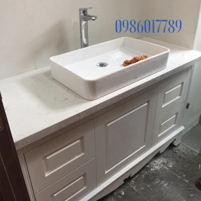 Tủ lavabo cổ điển màu trắng có chiều ngang 1 mét 2. Mẫu thực tế